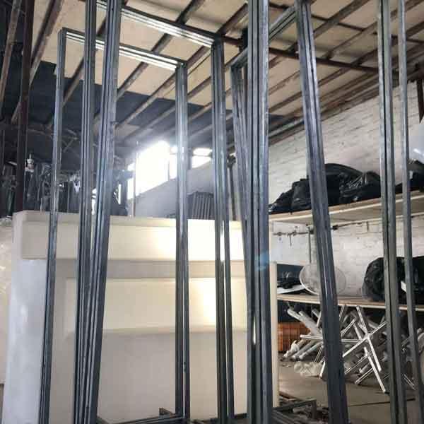 خدمات مجالس - پارتیشن فلزی